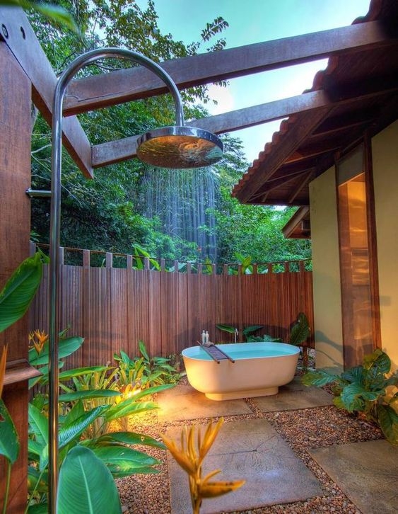 Une baignoire en extérieur (12)