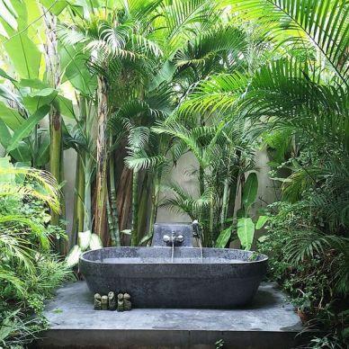 Une baignoire en extérieur (17)