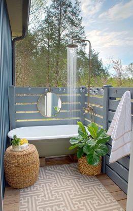 Une baignoire en extérieur (7)