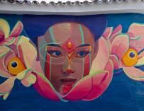 L'artiste Colombien Gleo crée de belles peintures murales inspirées des légendes locales et du folklore de son pays.