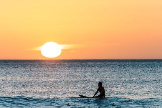 sunset-surf-at-playa