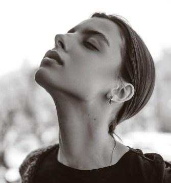 La peau de votre cou : comment en prendre soin ?