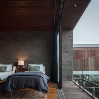modern-bedroom-with-sliding-doors-balcony-100220-1204-09