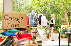 Throwing A Garage Sale Use This Foolproof Checklist