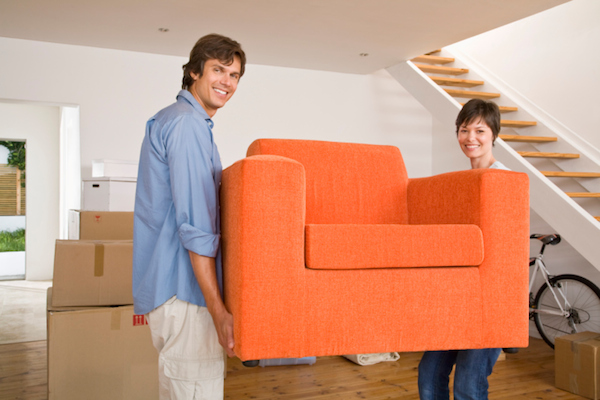 Moving Yourself vs. Hiring Movers