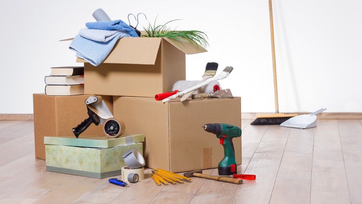 save money while moving