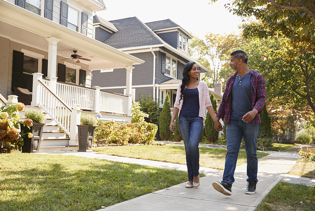 7 Tips for Discovering Your New Neighborhood