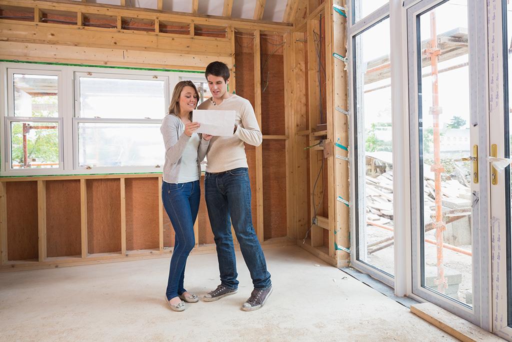 couple home construction