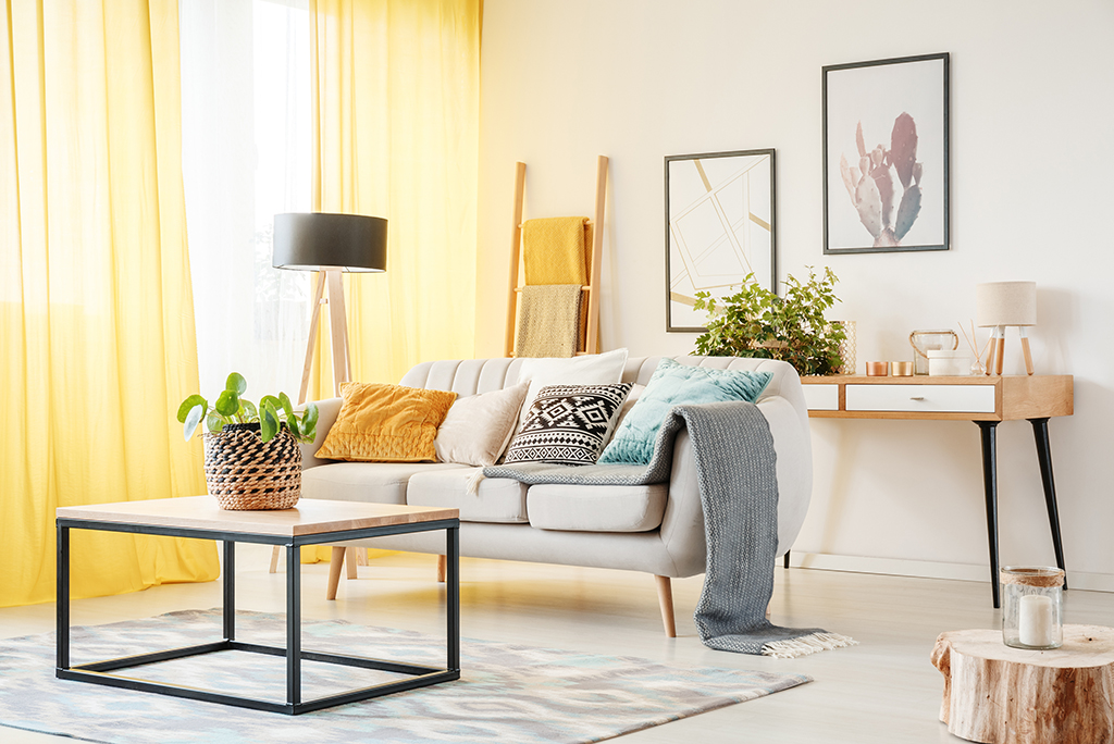 14 tips for decorating a small space moving com rh moving com how to decorate living room space how to decorate a small dining room space