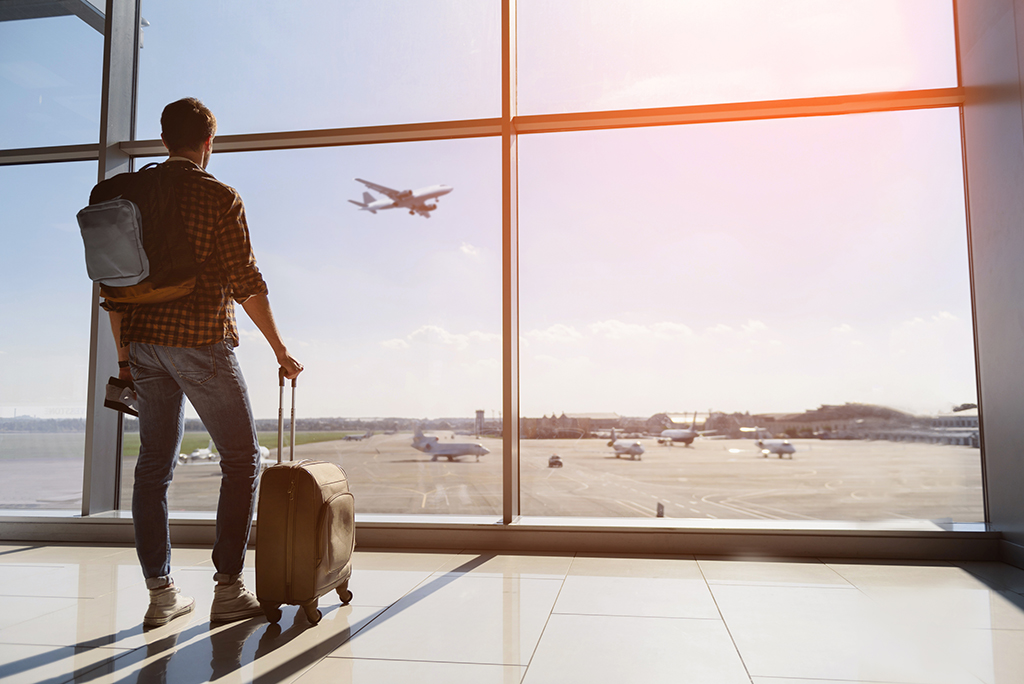 6 Tips for Moving by Plane