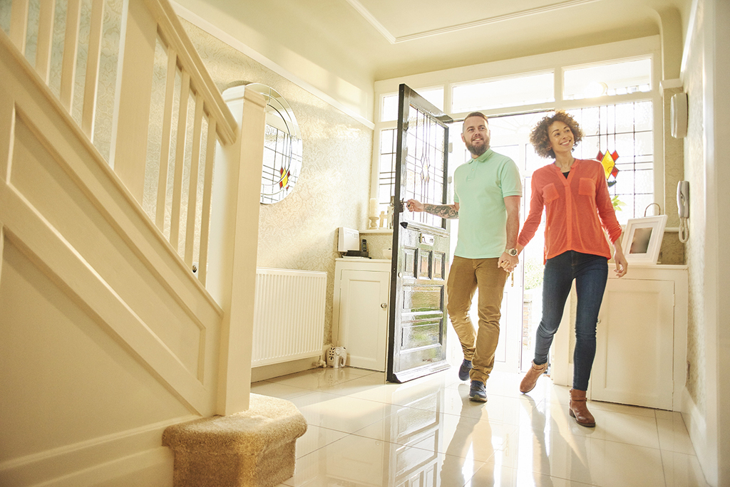 A Move-In, Move-Out Checklist for Landlords & Tenants
