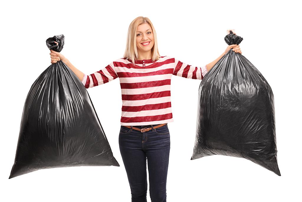 garbage bag moving