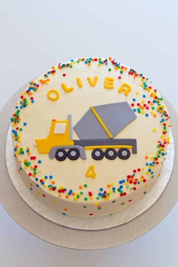 ready mix truck cake | movita beaucoup