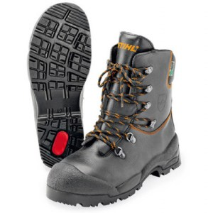 FUNCTION chainsaw boots, size 9 1/2