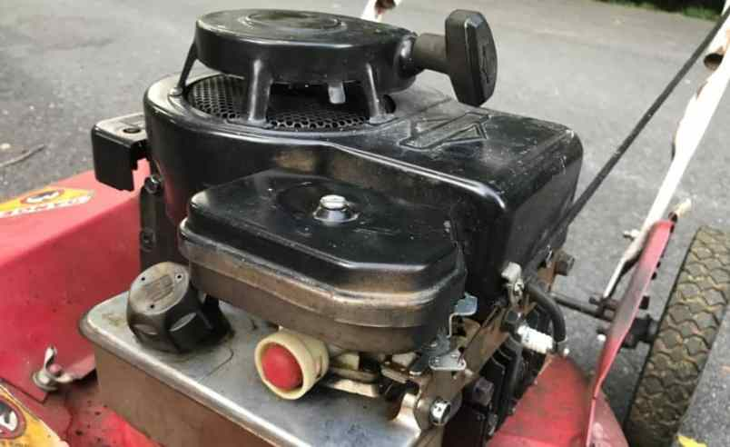 How to Fix the Plastic Gas Tank on Your Lawn Mower