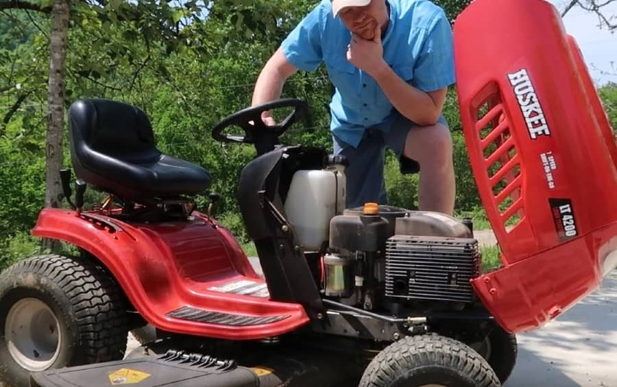 When the Lawn Mower Won't Start Without Starter Fluid