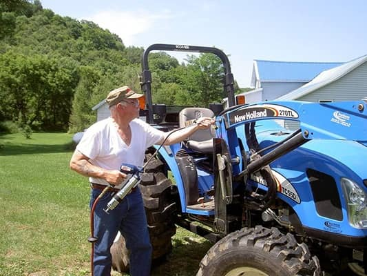 Best Grease Gun for Lawn Mower & Tractor (Top 3 Reviews in 2021)
