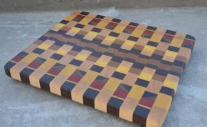 End Grain. Hard Maple, Walnut, Yellowheart, Padauk, Cherry. Cutting Board # 13.