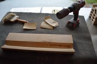Sanding a cove cut requires a few tools.