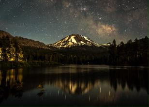 California's Lassen Volcanic National Park. Tweeted by the US Department of the Interior, 12/24/14.