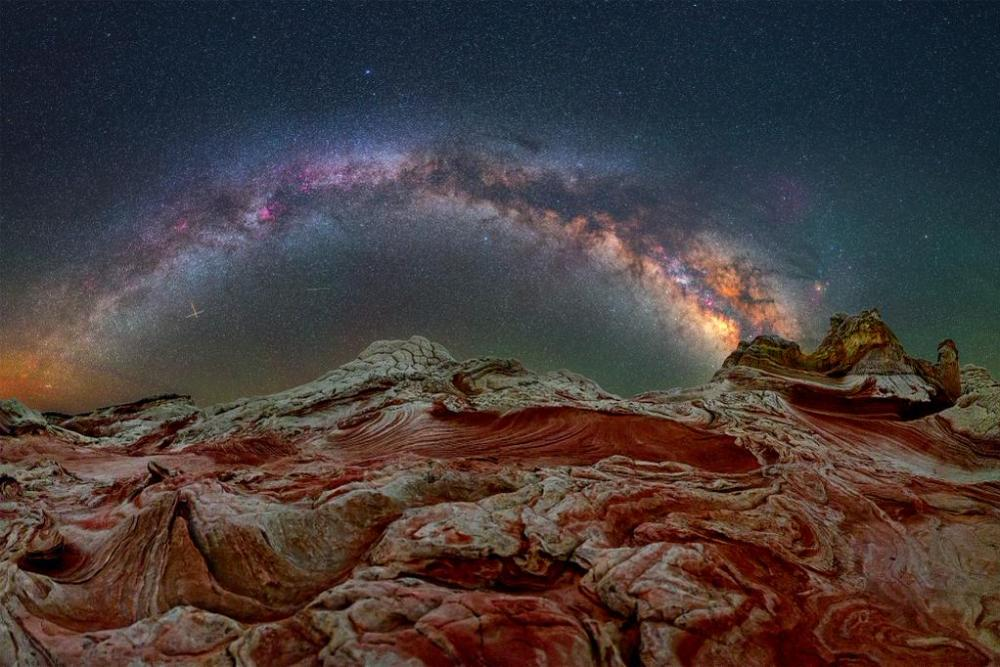 The Milky Way over Arizona's White Pocket. Photo by David Lane. Tweeted by the US Department of the Interior, 12/17/14.