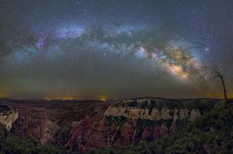 The Milky Way over the Grand Canyon. Photo by Sophia Porter. Tweeted by the US Department of the Interior, 3/12/15.