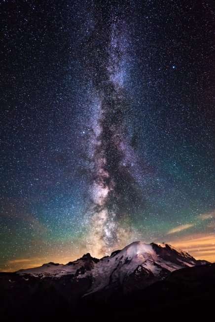 Seriously WOW! Mesmerizing pic of the Milky Way over Mount Rainier National Park. Photo by Kevin Shearer. Tweeted by the US Department of the Interior, 2/28/16.