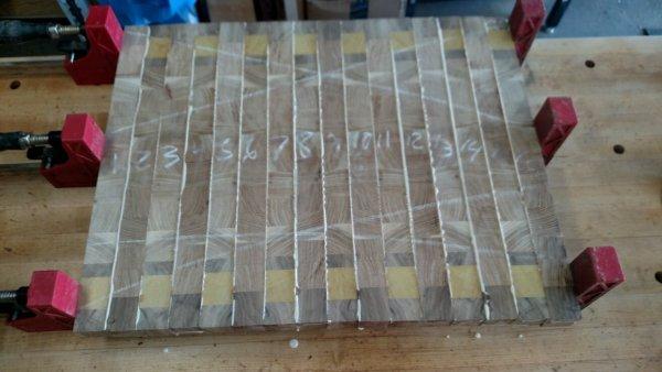 Cutting Board 16 - End 038f