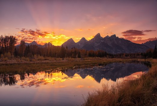 It's hard to compete with sunsets Grand Teton National Park. Photo by Michelle Olmstead. Tweeted by the US Department of the Interior, 10/25/16.