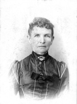 Elizabeth Piles Boring (1826 - 1928). My father's mother's father's mother. My Great Great Grandmother.