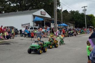 Graham Street Fair Parade 04