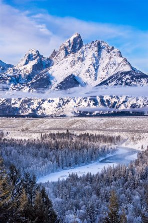 Snow-covered mountains & blue skies at the Grand Teton National Park are incredible in winter! Picture by Josh Packer. Tweeted by the US Department of the Interior, 11/30/15.