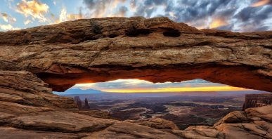 Sunrise, seen through Mesa Arch in Utah's Canyonlands National Park. Tweeted by the US Department of the Interior, 5/3/16.