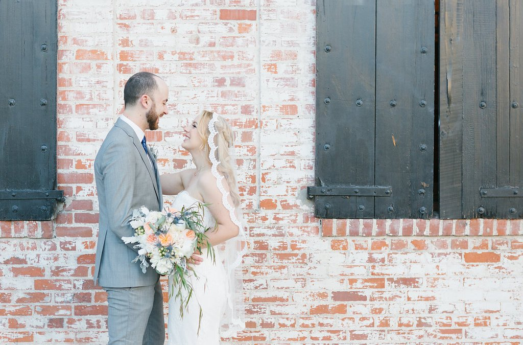 Romantic Spring Carondelet House Wedding | Meredith & Steve