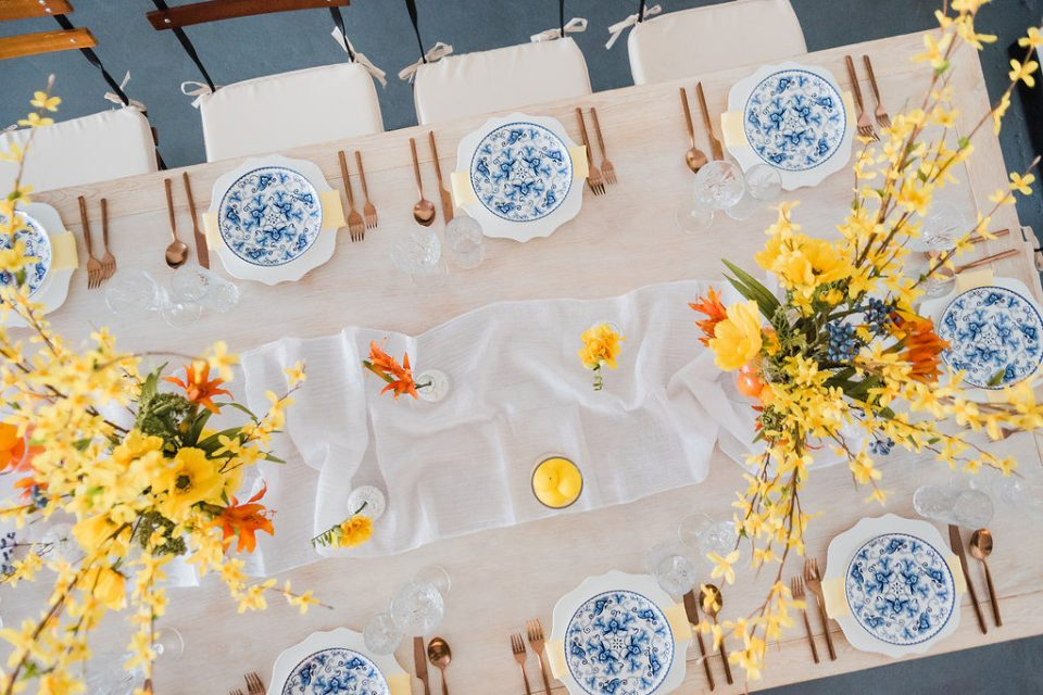 wedding tablescape for vibrant summer wedding by Moxie Bright Events