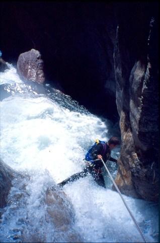 Descenso en riada del Barranco Gorgol. Foto: Mayayo.