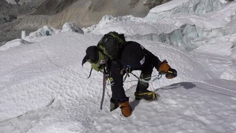 everest-invernal-sin-oxigeno-alex-txikon