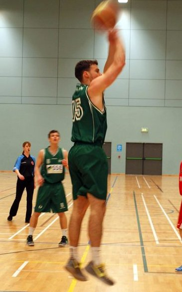 Mike Callaghan hit 35 points tonight
