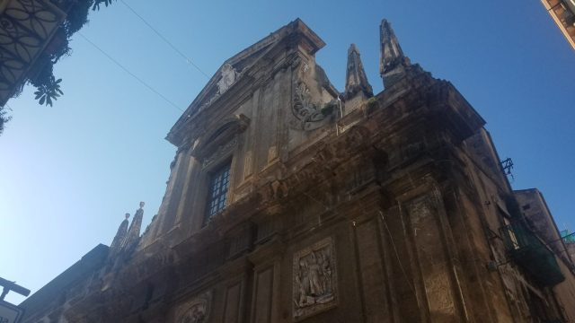 Enjoy a historical buildings on a walking tour in Palermo