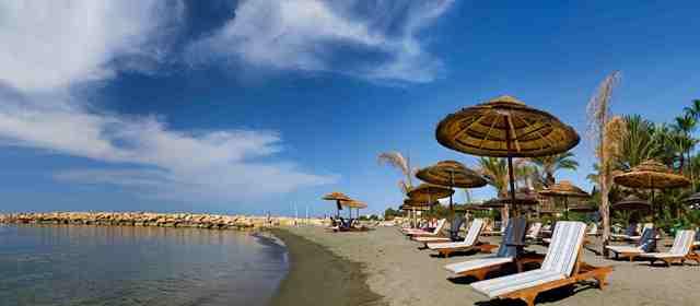 Отели Лимассола с собственным пляжем