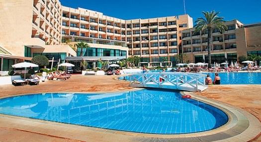 самые большие отели на Кипре