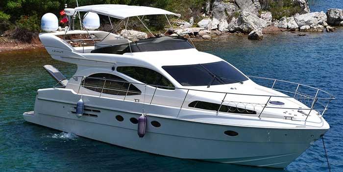 Аренда яхты на Кипре Ларнака azimut 46