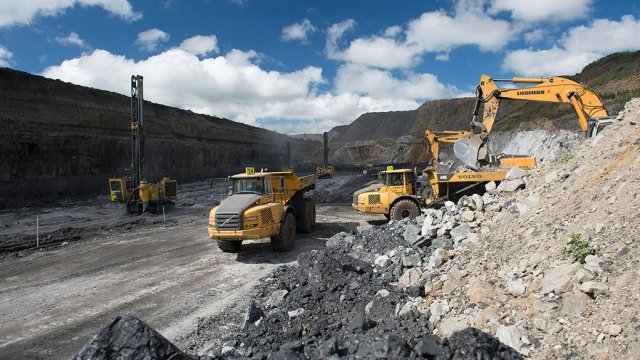 COAL miningkeatonenergyvanggatfonteincolliery1022