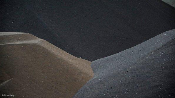 Heavy sands, Rare earths
