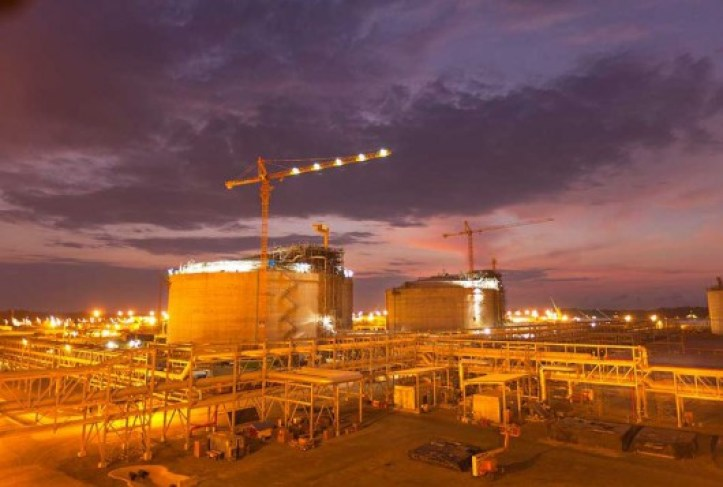 Chevron still sees Angola LNG startup by year end
