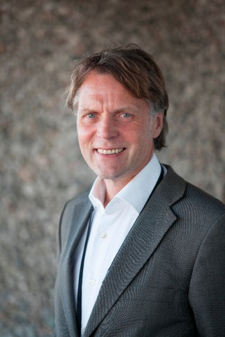 Ove Flataker, avdelingsdirektør ET