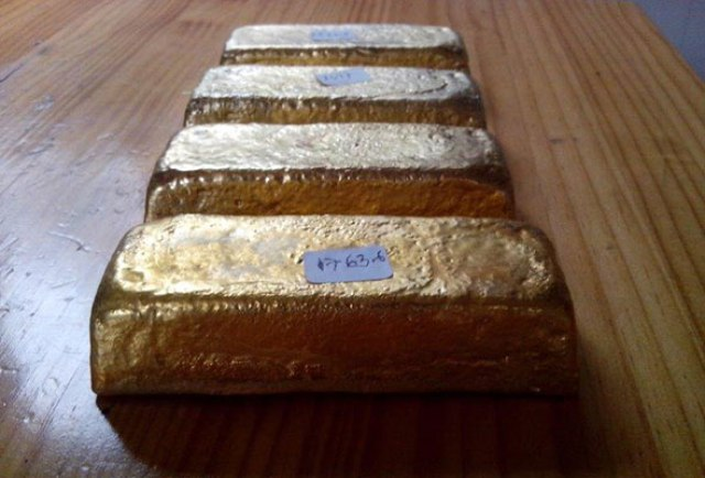 Xtrata - 1kg gold bars