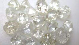 Africa Mining: De Beers to allow rejection of cheap diamonds