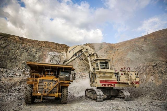 acacia-mining-admits-talks-chinese-potential-sale-tanzania-assets