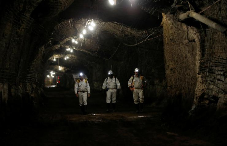 Africa Mining: Zambia threatens to expel foreign workers over mine job cuts